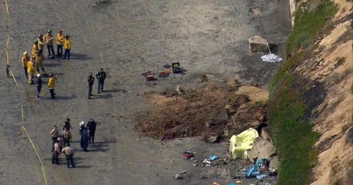 At least three dead after Southern California cliff collapses
