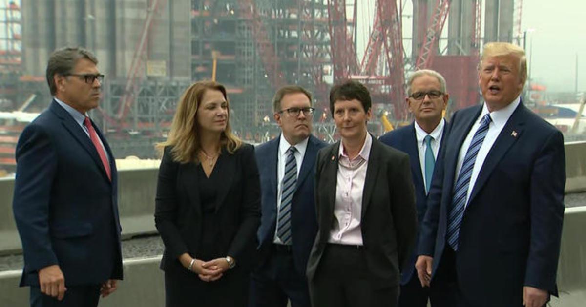 Trump touts U.S. energy at Pennsylvania plastics plant
