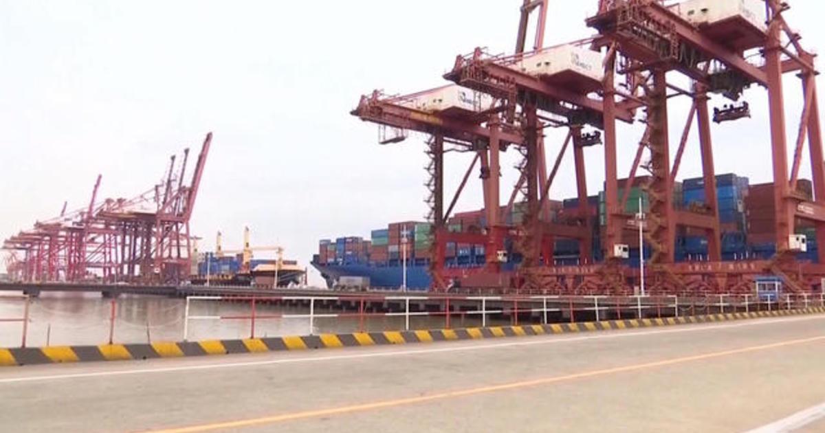 photo image U.S. delays some tariffs amid trade war with China
