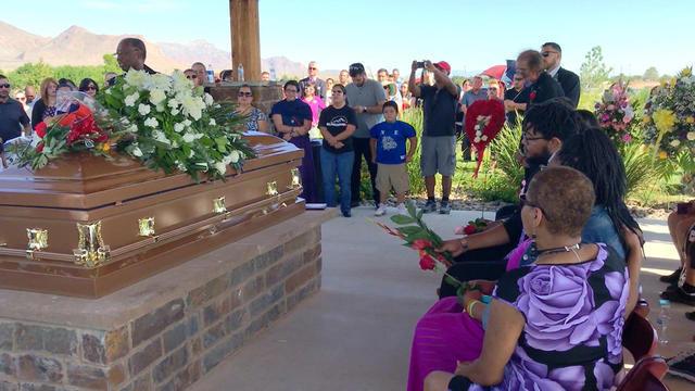 0817-en-elpaso-funeral-villarreal-1914120-640x360.jpg