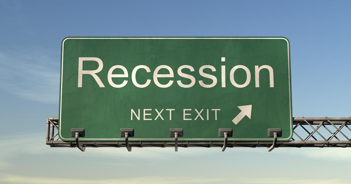 Is recession coming in 2019? 34% of economists don't expect a recession until 2021