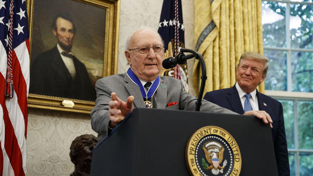 Bob Cousy receives Presidential Medal of Freedom
