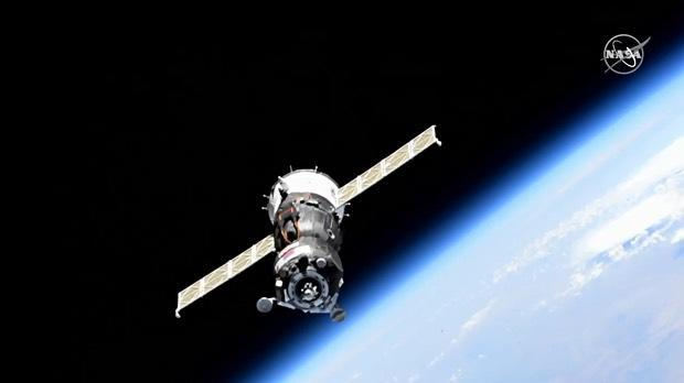 Unpiloted Soyuz spacecraft aborts space station docking