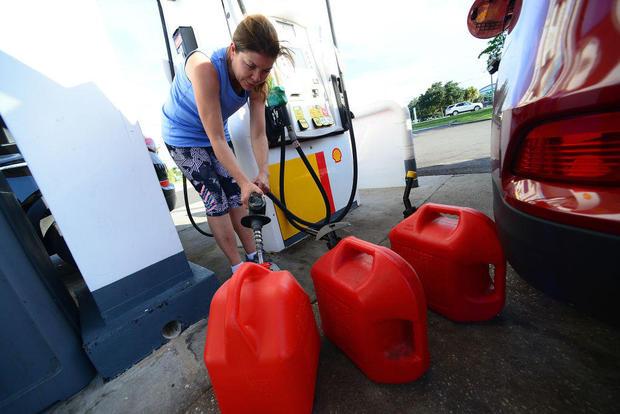 Флорида се подготвя за пристигането на урагана Дориан