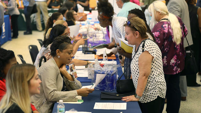 Miami Dade Hosts Job Fair As US  Adds 196,000 Jobs In March
