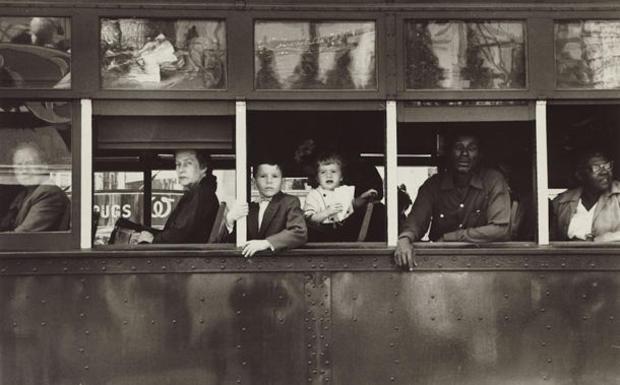 robert-frank-the-americans-trolley-new-orleans-1955-nga-610.jpg