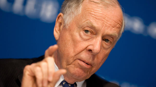 BP Capitol founder T. Boone Pickens participates in a debate on U.S. energy policy at the National Press Club in Washington on April 19, 2011.
