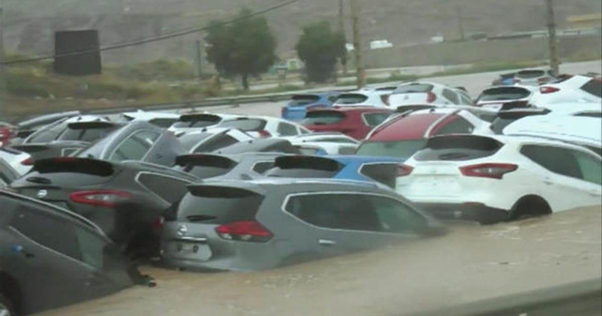 At least 6 dead and thousands displaced in Spain flood