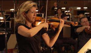 """Anne-Sophie Mutter and John Williams recording """"Schindler's List"""""""