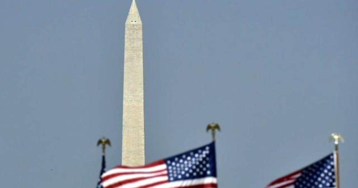 Elevator briefly breaks down at Washington Monument days after reopening