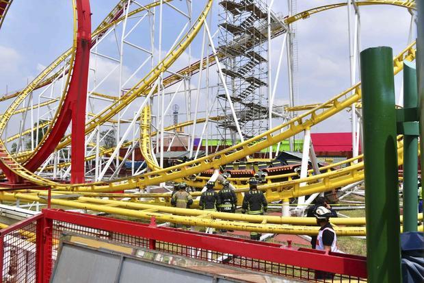 Quimera Roller Coaster At La Feria Amusement Park Car Jumps