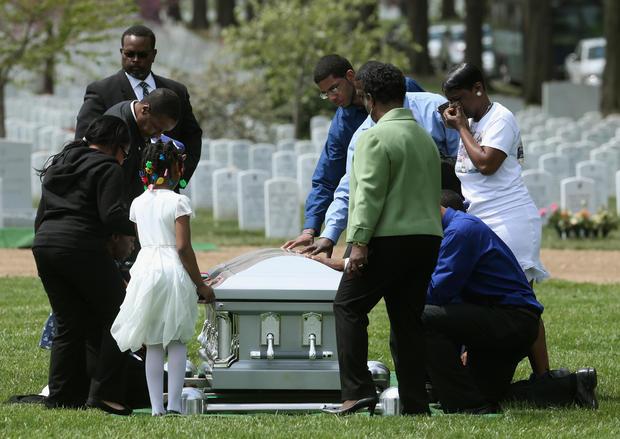 Sailor Killed In Shooting At Naval Station Norfolk Buried At Arlington Cemetery