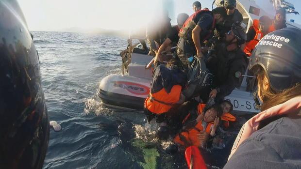 migrants-water.jpg