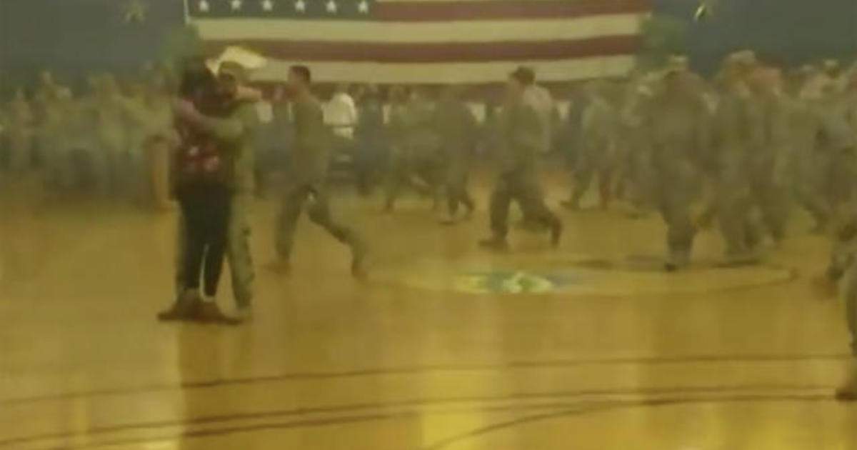 200 Fort Carson soldiers return home from deployment