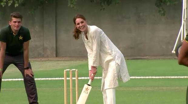 reuters-kate-cricket.jpg