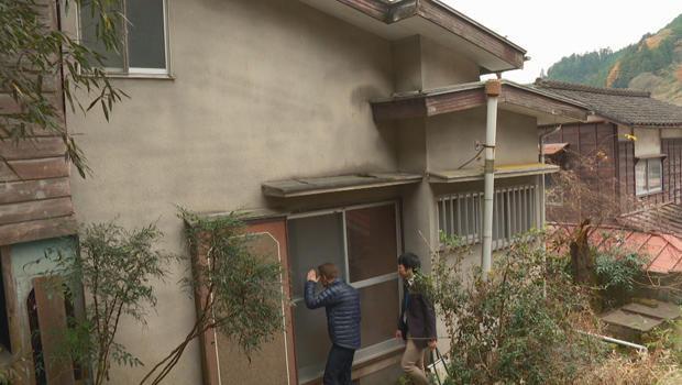 abandoned-houses-in-okutama-japan-ben-tracy-and-masahiro-yamada-620.jpg