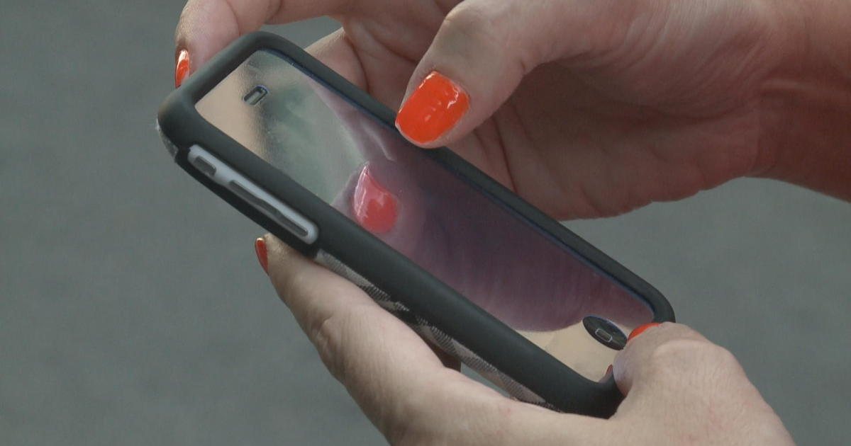 Quickly-growing phone scam targets bank customers via text