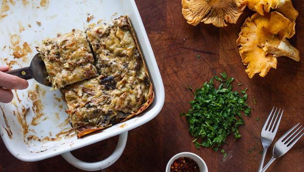 roasted-mushroom-lasagna-serving-joy-of-cooking-620.jpg