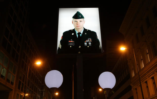 Light Installation Illuminates Former Berlin Wall Route