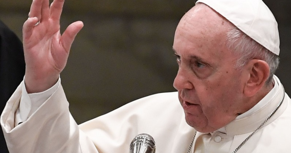 Pope Francis Compares Homophobic Politicians To Hitler Cbs