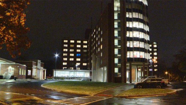 syracuse-university-day-hall.jpg