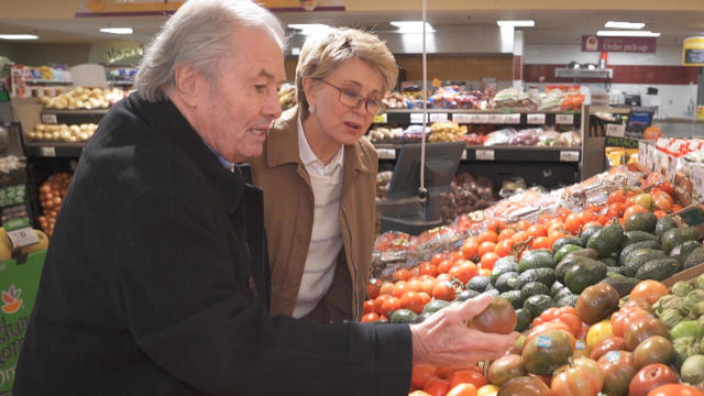 jacques-pepin-with-jane-pauley-produce-shopping-promo.jpg
