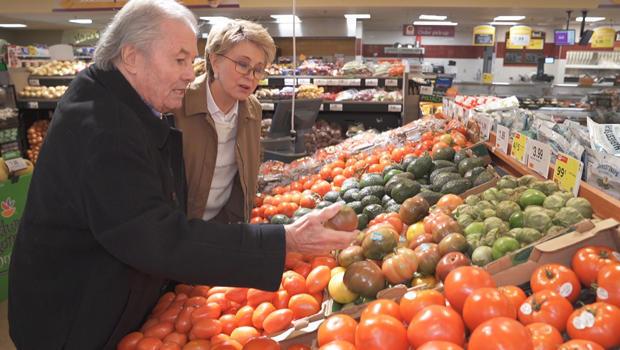jacques-pepin-with-jane-pauley-produce-shopping-620.jpg