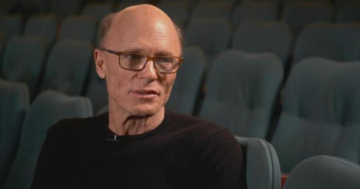 """Ed Harris, playing Atticus Finch, """"didn't want to be influenced"""" by past """"To Kill a Mockingbird"""" performances"""