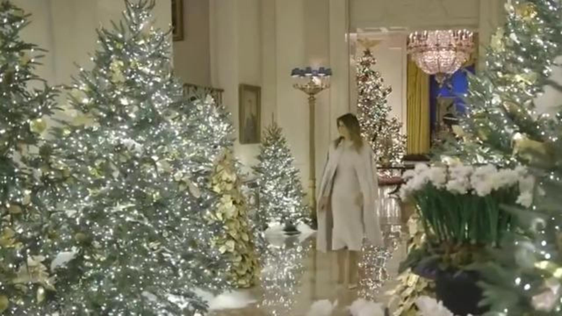 Whitehouse Christmas Decor 2021 First Lady Melania Trump Reveals Christmas Decorations At The White House Cbs News