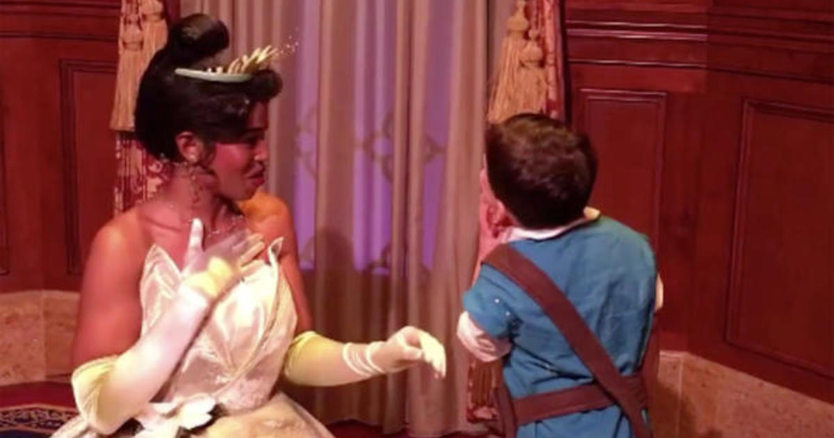 Boy with autism, at first apprehensive at Disney World, opens up with princess