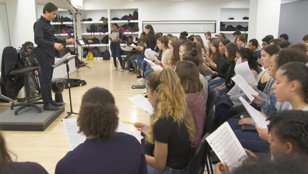 young-peoples-chorus-rehearsal-c-620.jpg