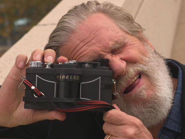 jeff-bridges-35mm-widelux-panning-camera-promo.jpg