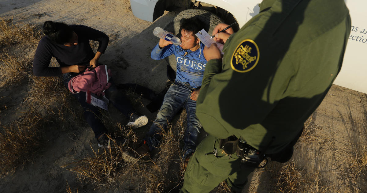 Program to expedite deportations of asylum-seekers at border expands