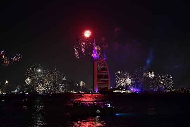 UAE-DUBAI-WORLD-NEWYEAR-LIFESTYLE