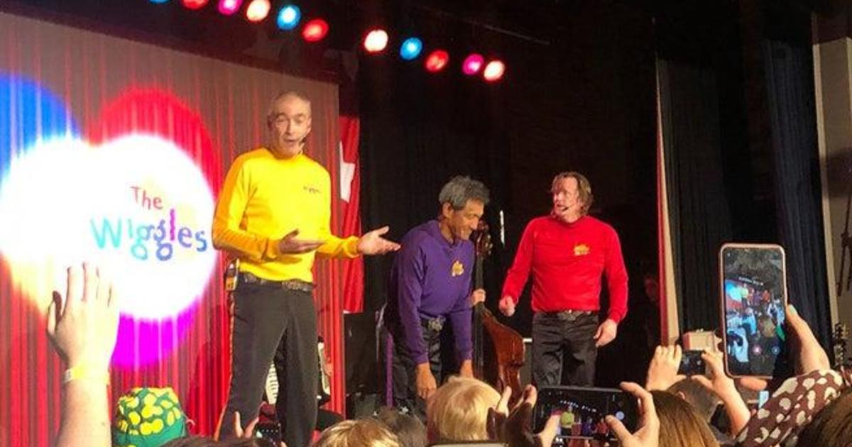 Greg Page from The Wiggles: Australian singer collapses on stage all over live efficiency for Australia bushfire reduction and usual members reunion demonstrate thumbnail