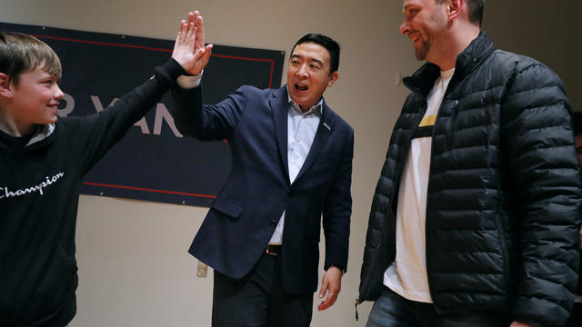 Democratic Presidential Candidate Andrew Yang Campaigns In Iowa