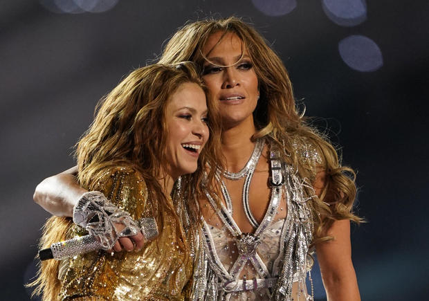 Super Bowl 2020: Shakira and Jennifer Lopez