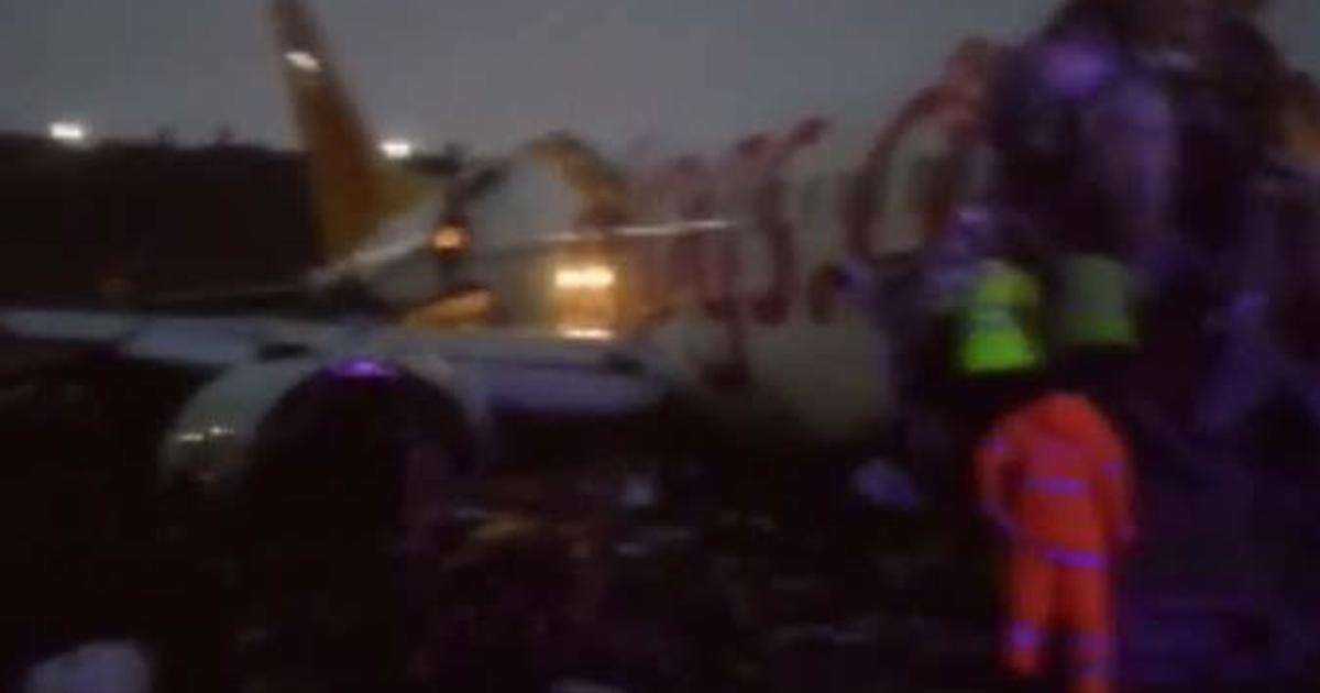 Passenger jet skids off runway, breaks into pieces thumbnail