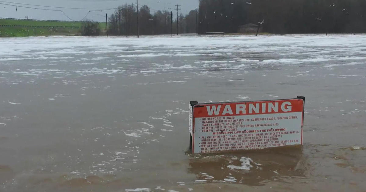 Dangerous weather causes arctic plunge as rivers rise in 9 states