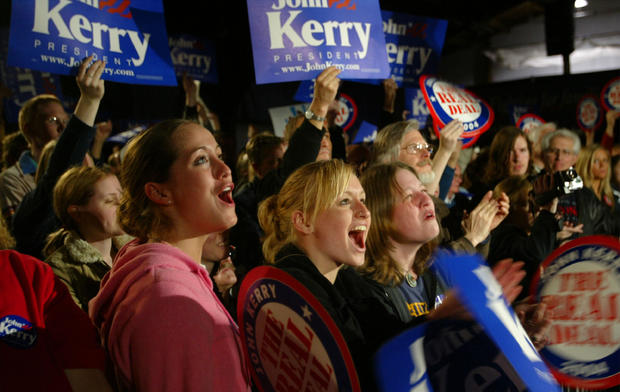 Senator Kerry Campaigns In Minnesota