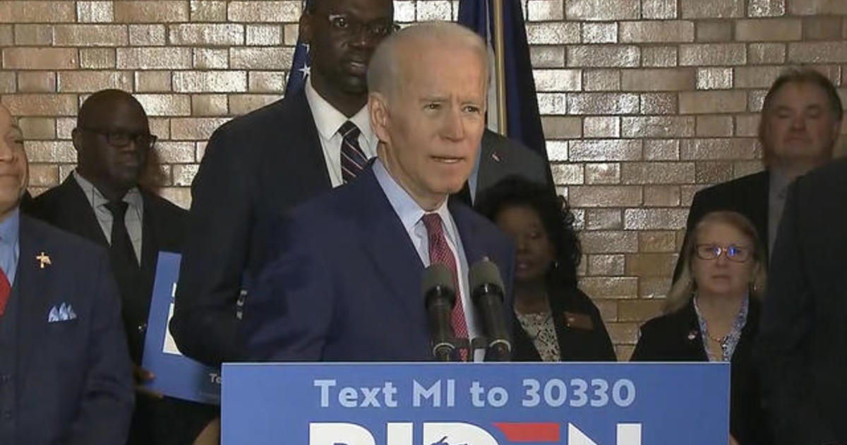 Biden and Sanders fight for support in Michigan ahead of key primary 1