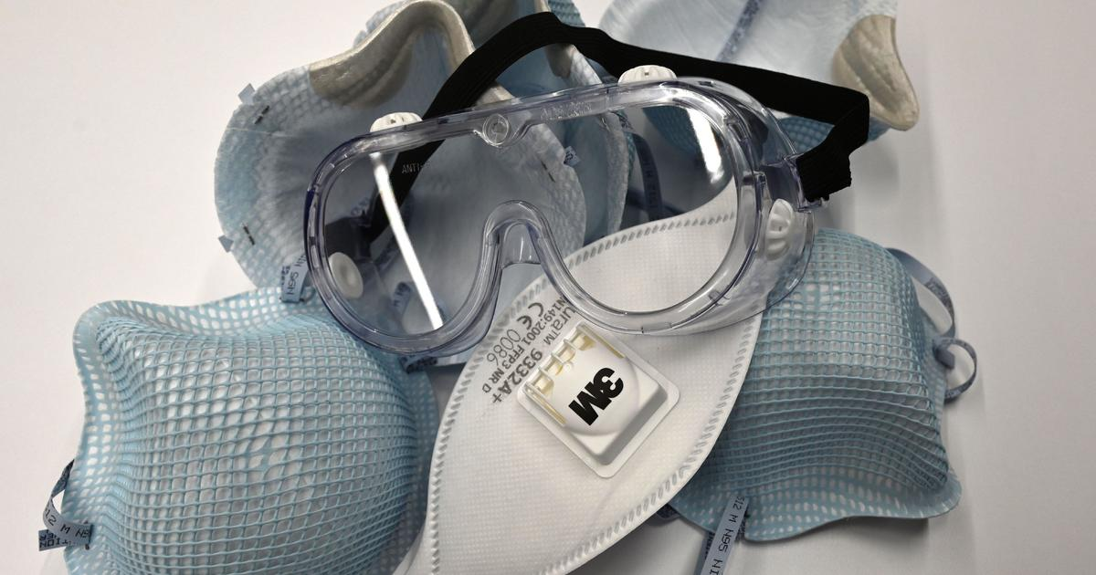 Texas firm accused of price-gouging by auctioning 750,000 medical masks
