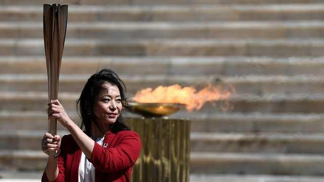 cbsn-fusion-olympic-torch-arrives-in-japan-to-little-fanfare-as-future-of-summer-games-remains-in-doubt-thumbnail.jpg