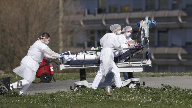 APTOPIX Virus Outbreak France