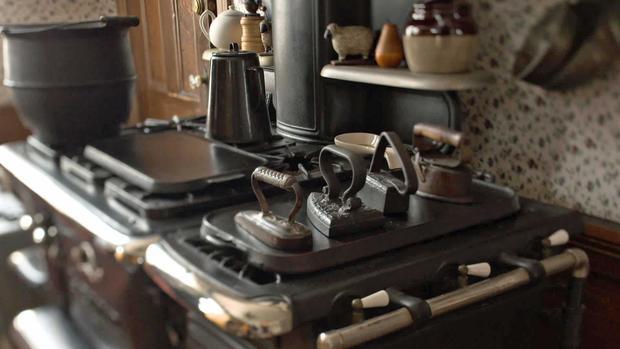 borden5-kitchen.jpg