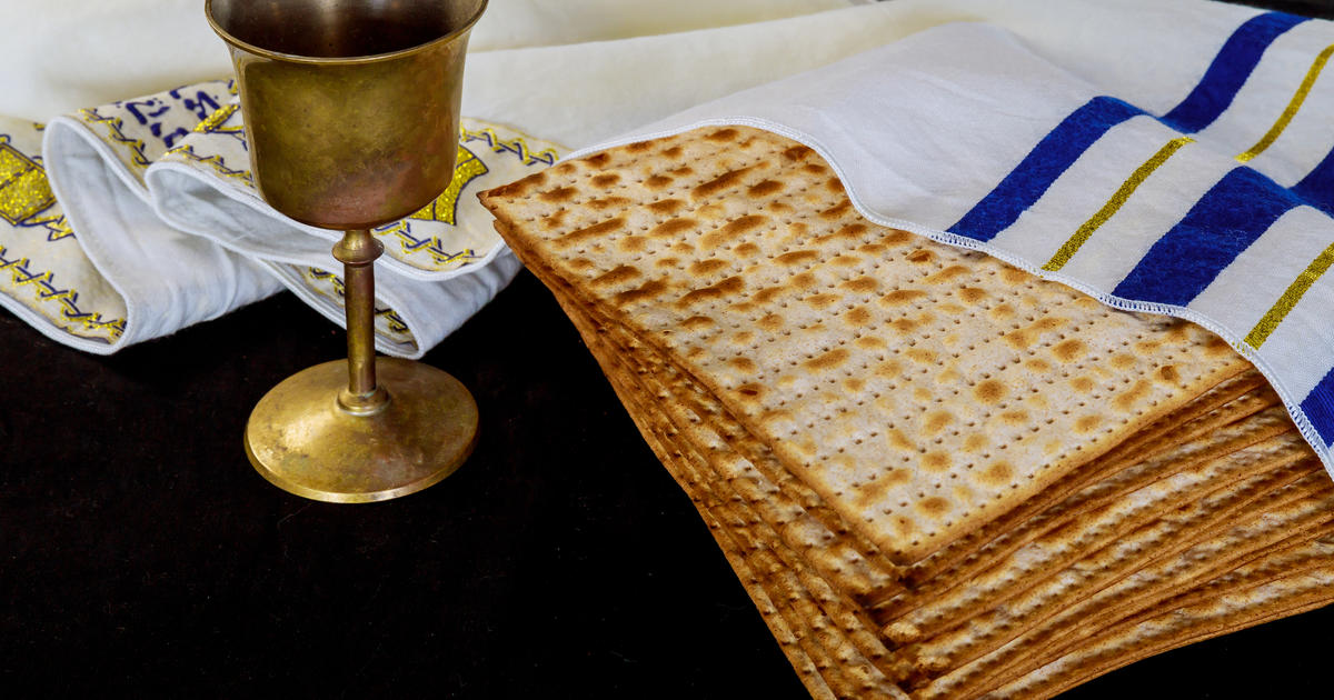 """Think about all the blessings"": Three generations face Passover amid the pandemic"