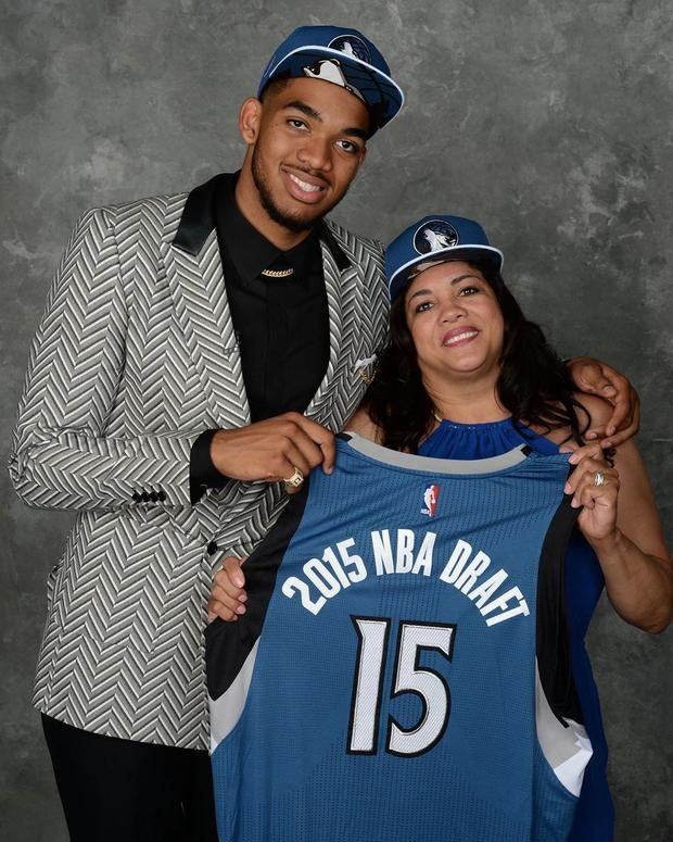 nba-jacqueline-cruz-towns.jpg