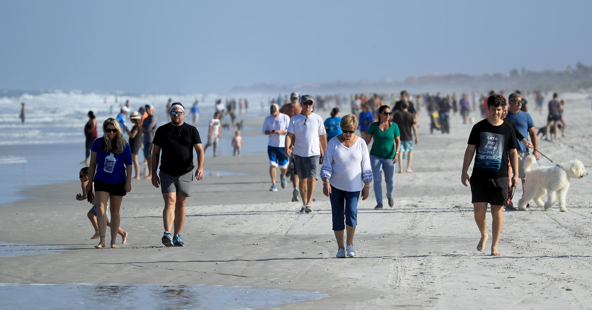 Crowds Flock To Reopened Jacksonville