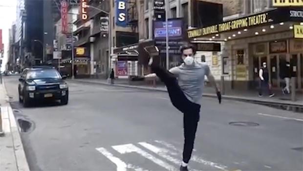 a-chorus-line-dancer-620.jpg