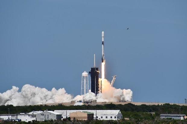 042220-launch1b.jpg